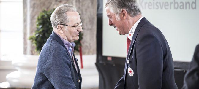 Hohe Auszeichnung für Blutspender Hermann Horn